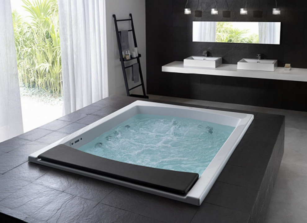 Category: Jacuzzi Baths UK